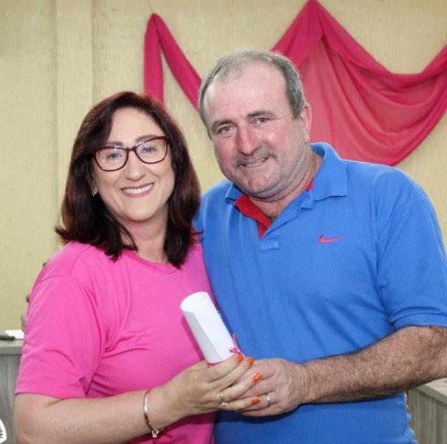 Vereador Nédio Mariotti, com  Associada Prefeita Catea Maria Santin Borsatto Rolante