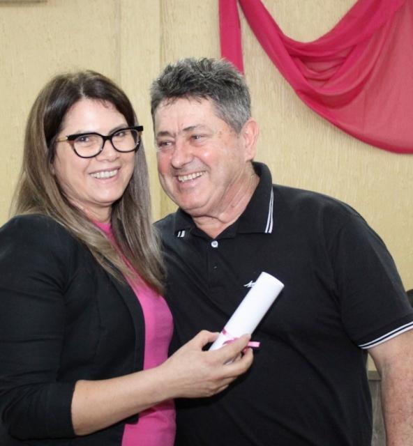 Moacir Moretto, com  Associada Secretária Margarete Moretto