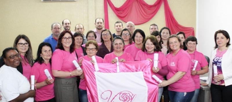 Poder Legislativo presta homenagem a Associação das Amigas  de Combate ao Câncer de Doutor Ricardo-RS